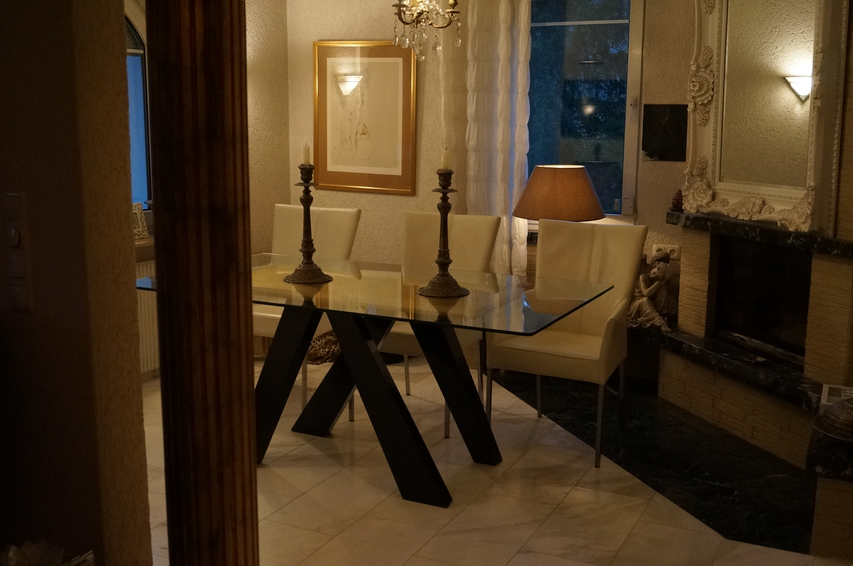 Table de repas ou bureau objet design bois massif noir dorÉ À la